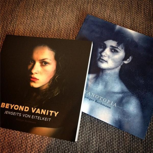 »Beyond Vanity« und »Cyanotopia« Bundle